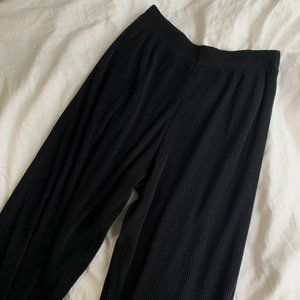 Uniqlo Smart Black Pleated Trousers